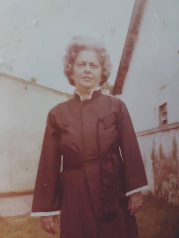 Maria Nina Rattes no dia de sua colação de grau em direito, aos 70 anos
