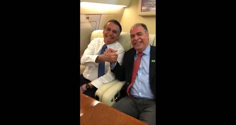 O senador Fernando Bezerra Coelho (MDB-PE) e o presidente Jair Bolsonaro em vídeo publicado pelo congressista no Twitter