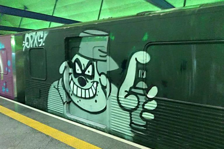 Quatro Pessoas Sao Detidas Por Pichacao Em Trem Do Metro 29 05