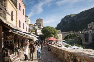 Shops near the Stari Most bridge, above the Neretva River, in Mostar, Bosnia and Herzegovina.