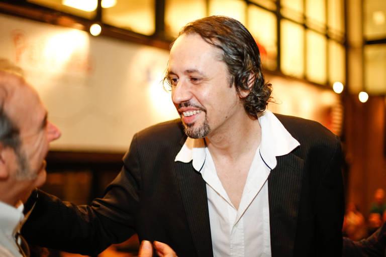 O diretor de teatro Roberto Alvim