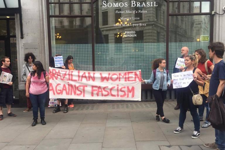 Em Londres, estudantes e professores brasileiros organizam protestos contra os 30% de corte no orçamento da educação no Brasil. Os ativistas fazem parte do movimento Academics for freedom Brazil