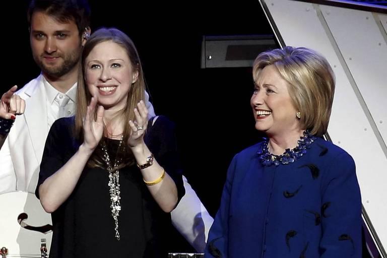 Hillary Clinton e filha abrirão produtora, diz Bloomberg
