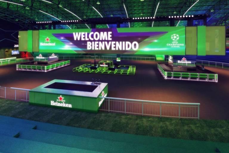 Heineken monta arena com grande TV no ginásio do Pacaembu