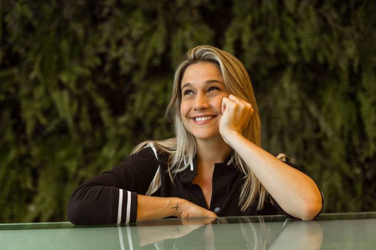 Fernanda Gentil diz se inspirar em Ellen DeGeneres e fala sobre nova fase da vida: 'Não abro mão da espontaneidade'