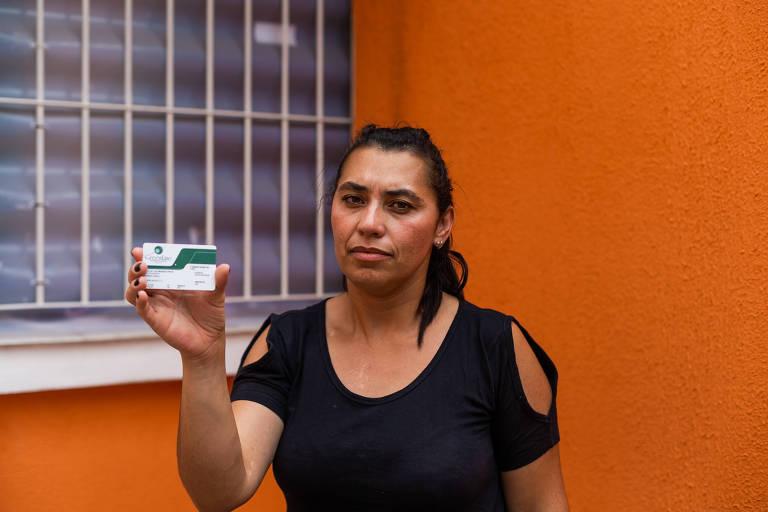 A controladora de acesso Luzia Mendes conta que seu filho de 4 anos fez um exame para detectar síndrome genética, mas deu inconclusivo