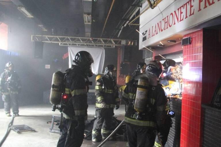 Incêndio atinge Faculdade de Direito da USP, no centro de São Paulo