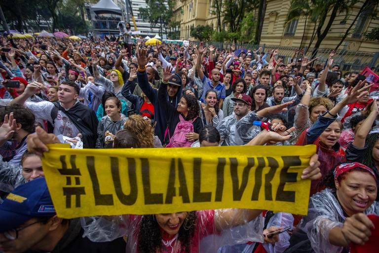 Festival Lula Livre, em São Paulo, que reuniu artistas se apresentando e defendendo a liberdade do ex-presidente Lula