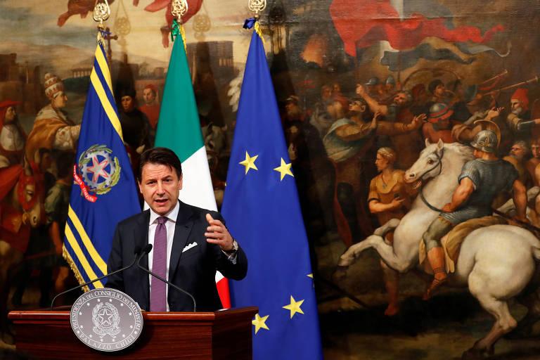 O premiê italiano, Giuseppe Conte, durante entrevista coletiva no Palácio Chigi, em Roma