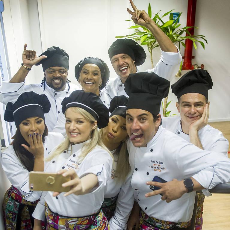 Luciana Vendramini , Bruno de Luca, Joao Vitti, Valesca Popozuda, Carol Nakamura, Nando Rodrigues, Solange Couto e Xande de Pilares participam do Super Chef Celebridades