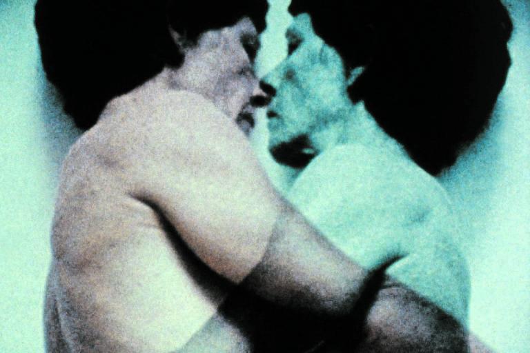 Cena do filme 'Força Dupla', da americana Barbara Hammer, que está no festival Olhar de Cinema em Curitiba