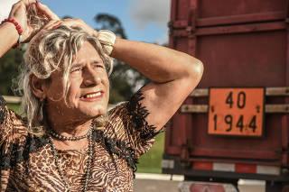 Perfil de Afrodite, a caminhoneira trans