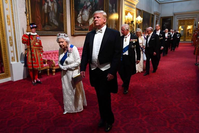 A rainha Elizabeth II e o presidente dos EUA Donald Trump