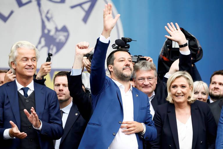 Matteo Salvini (Itália), Marine Le Pen (França) e outros líderes da direita radical participam de ato em Milão antes da eleição europeia