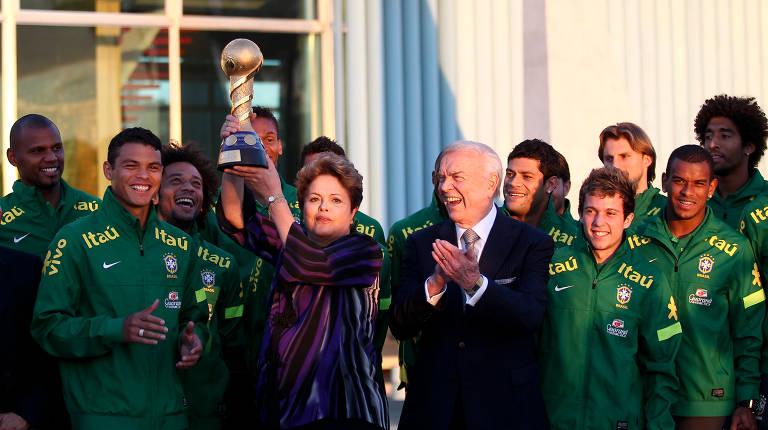 Encontro de ex-presidentes com a seleção brasileira