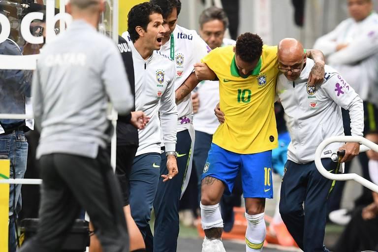 Lesão de Neymar em amistoso da seleção