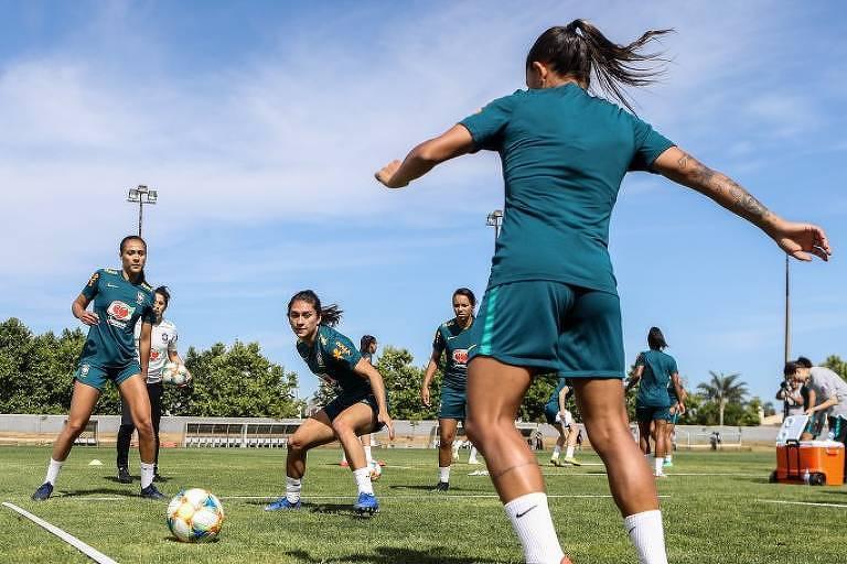 Seleção brasileira em preparação para a Copa do Mundo Feminina