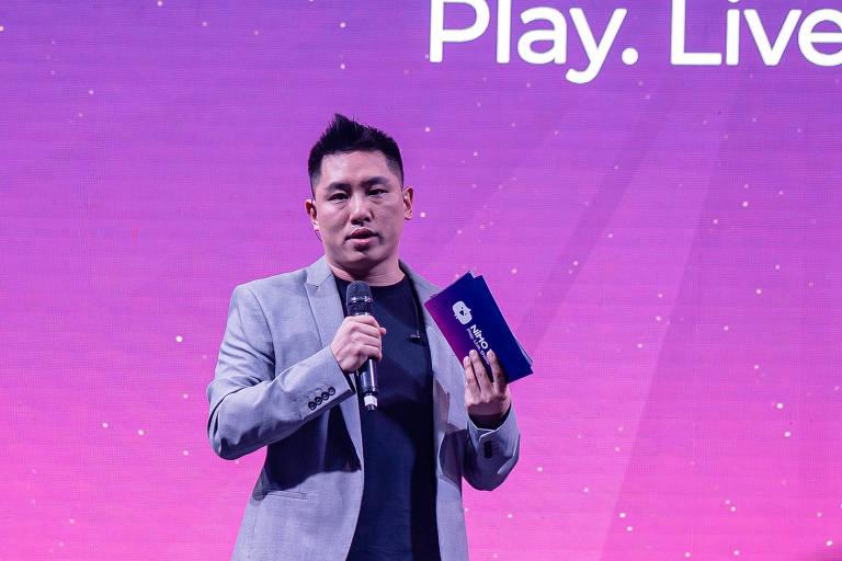 Lucas Peng, o gerente da Nimo TV no Brasil