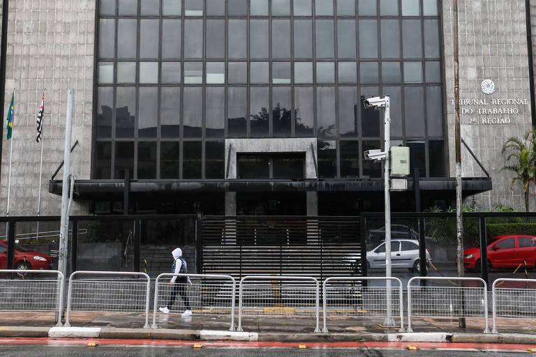 Fachada da sede do Tribunal Regional do Trabalho da 2ª Região, em São Paulo