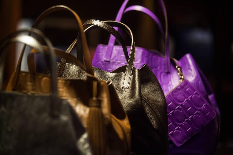 Movimentação de compras para o Dia dos Namorados no Shopping Higienópolis