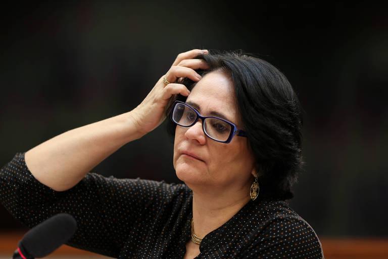 A ministra Damares Alves (Ministério da Mulher, Família e Direitos Humanos) durante audiência pública na Comissão de Direitos Humanos da Câmara