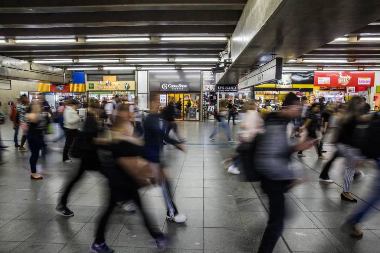 Lojas na estação Brás do Metrô