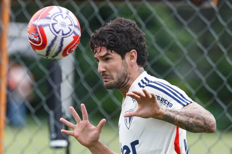 Alexandre Pato está ansioso para voltar a fazer gols; contra o Avaí, ele terá boas chances de tornar seu desejo realidade