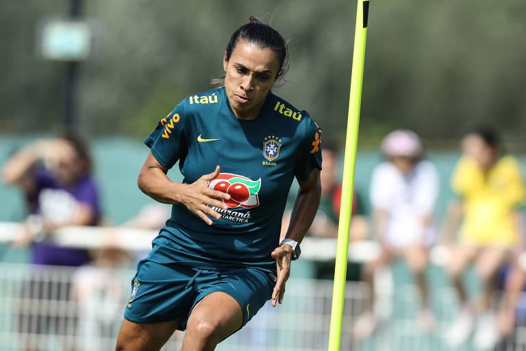 Marta desfalca Brasil em estreia na Copa da França