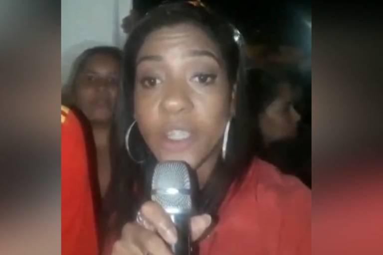 Edlaine Alcântara se passa por repórter para entrevistar Neymar e viraliza