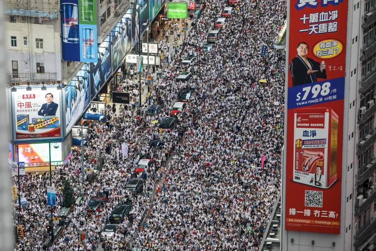 Protesto ocupa ruas de Hong Kong neste domingo (9); manifestantes criticam proposta que simplifica as extradições para a China