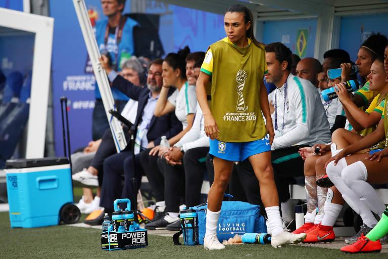 Jogadora pediu ao treinador para acompanhar a partida contra a Jamaica do banco de reservas