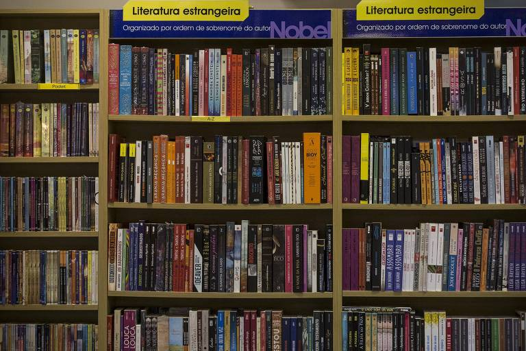 O que quer dizer bookshelf em portugues