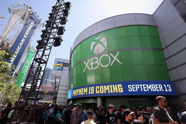 Microsoft admite que ouvia áudios de usuários do Xbox, diz site