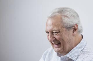 Entrevista com o  escritor Fernando Moreira Salles na Companhia das Letras no Itaim. Salles esta (re) lancando o livro Memorando que ganha versao expandida