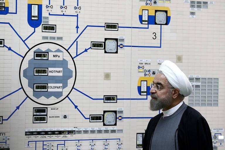Hassan Rouhani, presidente do Irã, visita a usina nuclear Bushehr, localizada na cidade de mesmo nome, no sudoeste do país