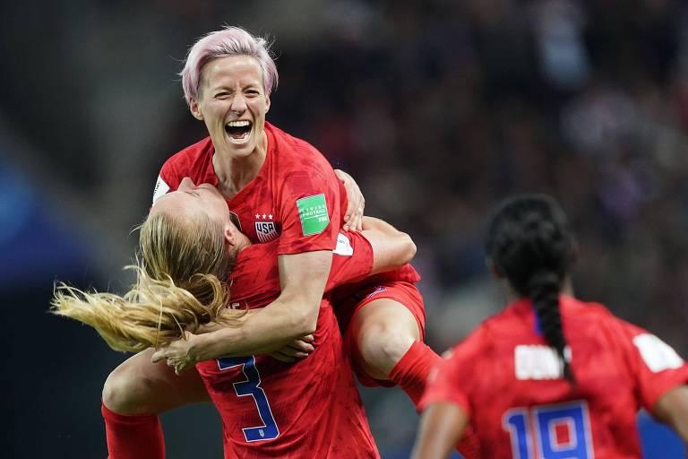 Megan Rapinoe comemora um dos 13 gols da seleção americana sobre a Tailândia