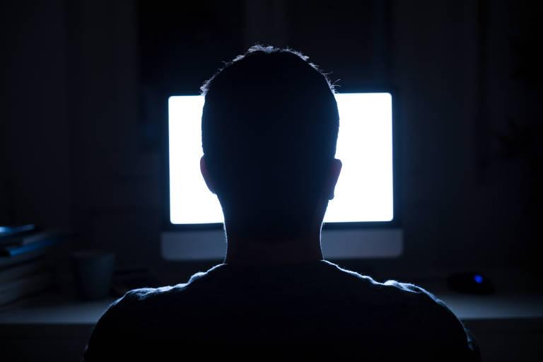 Operação contra pedofilia online prendeu 1.700 pessoas ligadas à produção, transmissão e recepção de conteúdos nos EUA