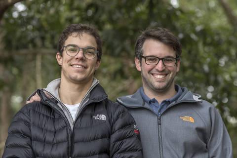 SÃO PAULO, SP - 10 JULHO: Victor Castello Branco (à esq.) e André Biselli, fundadores do Ecolivery Courrieros, posam para foto em São Paulo, SP, em 10 de julho de 2018 (Foto: Renato Stockler) *****EXCLUSIVO PRÊMIO EMPREENDEDOR SOCIAL 2018*****