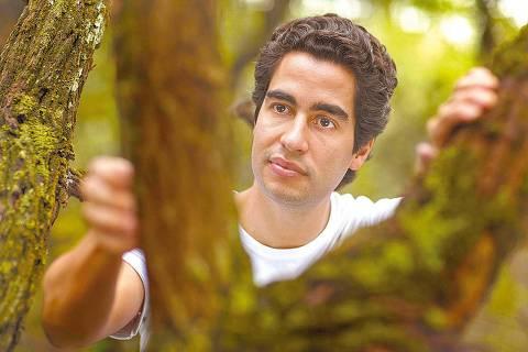 ORG XMIT: 035601_0.tif O dentista Ricardo Cardim, finalista do Prêmio Folha Empreendedor Social de Futuro, posa para foto. (Foto: Divulgação) *** PROIBIDA A PUBLICAÇÃO SEM AUTORIZAÇÃO EXPRESSA DO DETENTOR DOS DIREITOS AUTORAIS ***