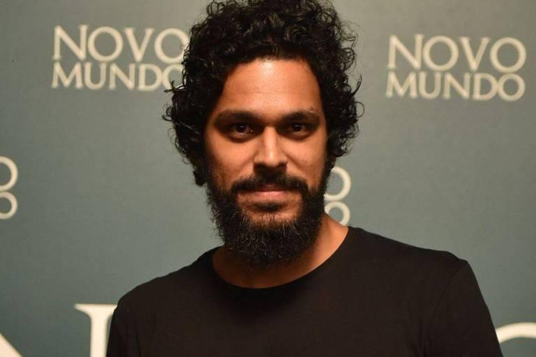 Renan Monteiro em O Selvagem da Ópera