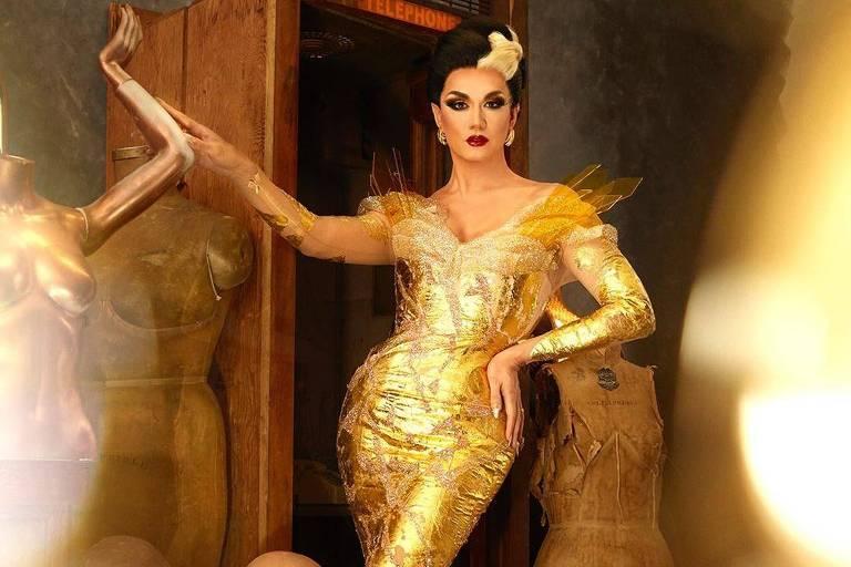 A drag queen Manila Luzon, que faz show na festa Priscilla, no Cine Joia