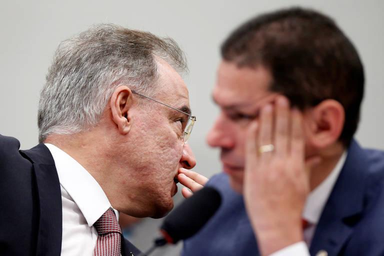 O relator da reforma da Previdência, Samuel Moreira (PSDB-SP) e o presidente da comissão, Marcelo Ramos (PL-AM)