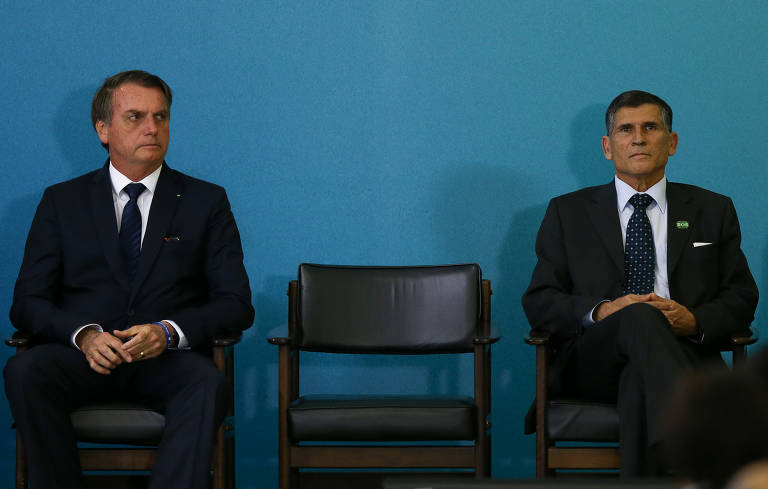 Demissão de general Santos Cruz divide empresários