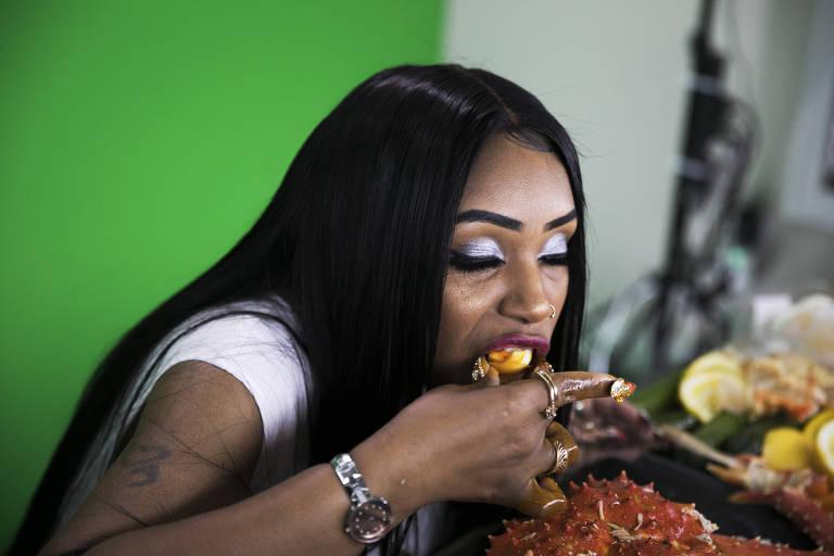 A rainha de comer mariscos online