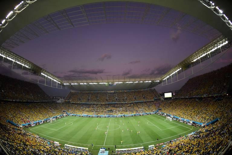 Arena Corinthians durante vitória da seleção brasileira sobre a Croácia na Copa do Mundo de 2014, torneio que permitiu a venda de bebidas alcoólicas