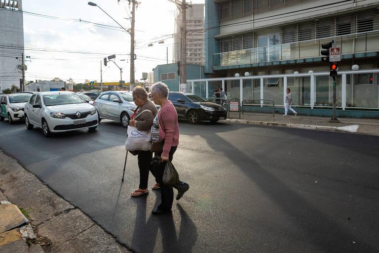 Tempo de semáforo para idosos