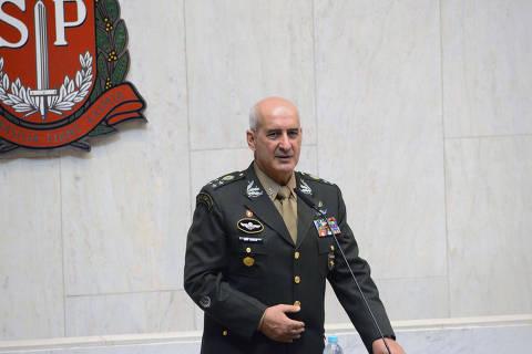 Novo ministro de Bolsonaro, general Ramos tem relação próxima com PT e PSOL