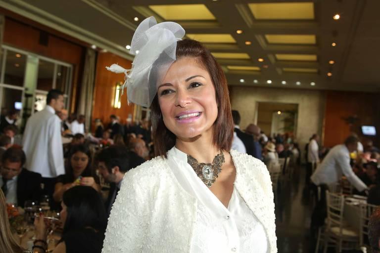 Analice Nicolau, apresentadora do SBT, no Grande Premio Sao Paulo, realizado no Jockey Club de Sao Paulo