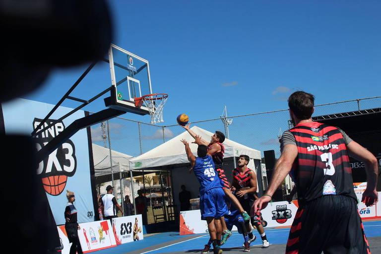 Jogo do São Paulo DC em campeonato de basquete 3 x 3 realizado em Mariporã (SP)