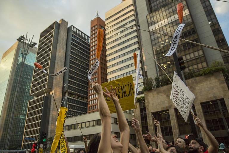 Manifestantes em ato na avenida Paulista, em São Paulo